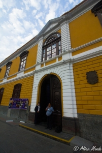 Puerta de la Casona